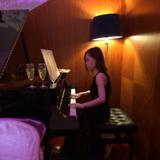 10年經驗全職鋼琴女教師