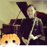 演奏級老師,於香港各音樂培訓中心及私人教授。