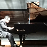 Tony Chan - Pianist