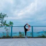 瑜伽導師一個